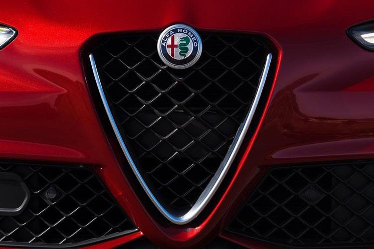 Alfa Romeo Giulia Saloon 2.0 T 280PS Veloce 4Dr Auto [Start Stop] detail view