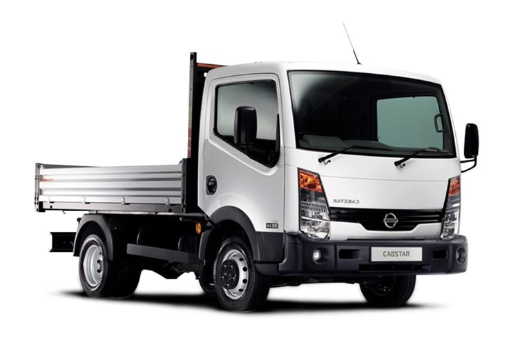 Nissan NT400 Cabstar 35.13 SWB 3.0 dCi DRW 130PS  Tipper Manual front view